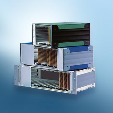 Bild mit gestapelten Tischgehäusen der Serie profi set 264
