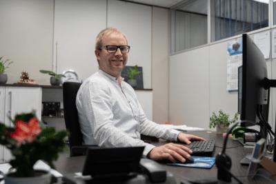 Benjamin Eilenberger ist Betriebsleiter bei apra-gerätebau in Chemnitz